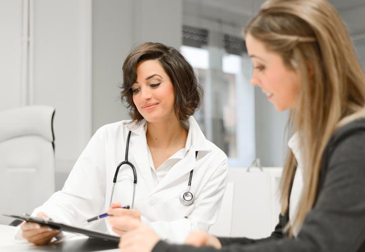 При лечении фиброзно-кистозной мастопатии народными средствами, необходимо проконсультироваться с врачом