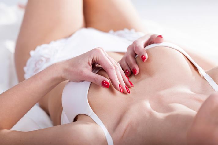 болит грудь с потрескавшимися сосками
